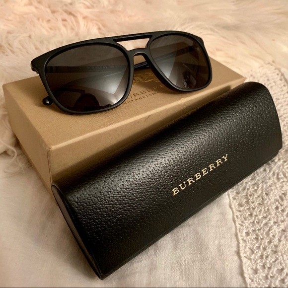 Men's Burberry Sunglasses BE4257 NWT